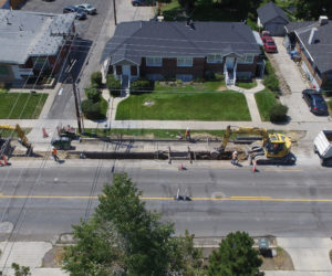 Student residents, commuters experience disruption with 1300 East construction