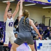 Weekend sports update: Soccer player nationally recognized, women's basketball gets two wins