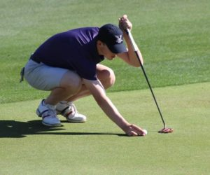 Men's golf ranked #1 after first round of tournament